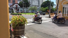 Phuket Town - 21 November: crossroad traffic ligth in old town. Old Thailand Stock Footage
