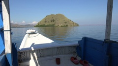 4k Boat bug view while traveling with traditional indonesia touring boat Stock Footage