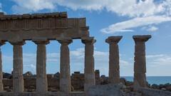 Segesta greek ruins empire sicily temple italy Stock Footage