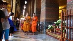 4K Group of monks praying in Wat Pho Known also as Temple Reclining Buddha -Dan Stock Footage
