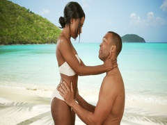 Couple getting engaged on Caribbean beach Stock Footage