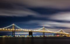 Bay Bridge San Francisco Skyline at Night Kuvituskuvat