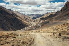 Endless road Leh-Manali in Indian Himalaya Mountain Stock Photos