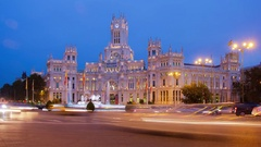 4k timelapse of traffic at night in the Plaza Cibeles, in Madrid, Spain. Stock Footage