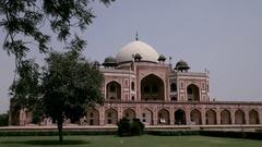 WS Humayun's Tomb / New Delhi, India Stock Footage
