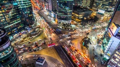 Time lapse traffic at night in Seoul, South Korea.4K (zoom in) Arkistovideo