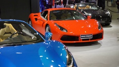 A collection of luxury cars on the motor show. Stock Footage