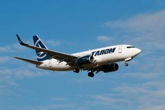 Beoing 737-700 Tarom arrive to PRG airport Stock Photos