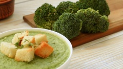 Cream - soup with broccoli in bowl Stock Footage