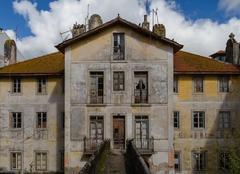 Prospectus abandoned house Stock Photos