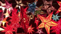 Christmas stars on christmas market Stock Footage
