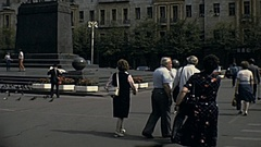 Moscow 1984: people walk under Equestrian statue of Yuri Dolgoruki Stock Footage