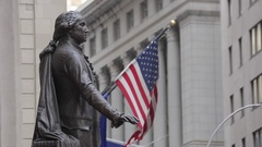 George Washington Statue at Federal Hall, Manhattan Stock Footage