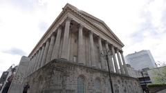 City Hall & Victoria Square, Birmingham, West Midlands Stock Footage