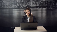 Call Center Customers Consultating Arkistovideo