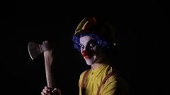 Terrifying clown with an axe frightening you Arkistovideo