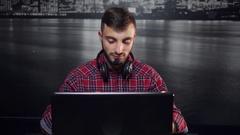 Friendly Call Center Operator Arkistovideo
