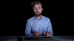 Man feels the emotions of confusion communicating on the internet Stock Footage