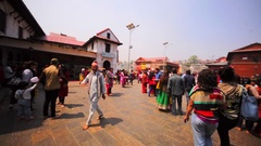 Square full of tourists in front of the main Pashupatinath Temple. Kathmandu Stock Footage