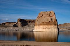 Lone Rock, Lake Powell, Arizona, USA Stock Photos