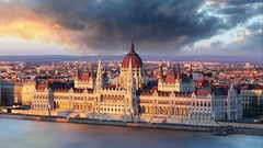 Budapest parliament at dramatic sunrise - Time lapse Stock Footage