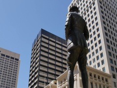 Statue on Anzac Square, Brisbane, Queensland, Australia Stock Footage