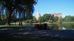 CLEVELAND, CASE WESTERN / UNIVERSITY CIRCLE, BEAUTIFUL POND PEOPLE IN BACKGROUND Stock Footage