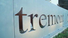 CLEVE TREMONT SIGN Stock Footage