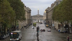 Paris Respire - car free day, public transport, transit and bicycles only Stock Footage