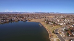 2016: aerial take of a lake town COLORADO Stock Footage