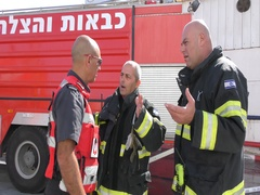 Firefighters from Zvulun discuss the outcome of fire drill Stock Footage