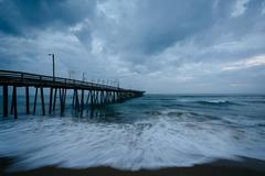 Waves in the Atlantic Ocean and the fishing pier in Virginia Beach, Virginia. Kuvituskuvat