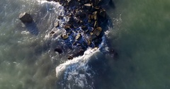 Sea waves beating against the rocks. Shooting from above Stock Footage