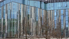 Modern glass architecture, Leipzig University Universität, close up, Germany Stock Footage