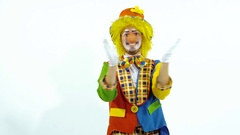 Happy clown clapping Stock Footage