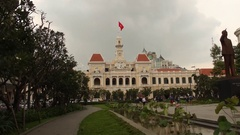 Ho Chi Minh City Hall Hyperlapse (Hotel de Ville de Saigon) Stock Footage