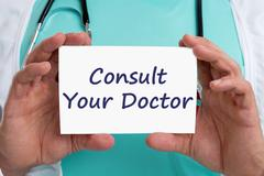 Ask consult your doctor ill illness healthy health check-up screening Stock Photos
