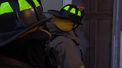 Fire fighters entery Arkistovideo