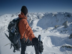 Mountaineer observed mountain peaks in winter Stock Footage