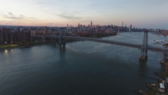 Aerial Shot of NYC's skyline at sunset - 4k Arkistovideo
