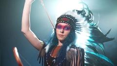 Native American woman nock Stock Footage