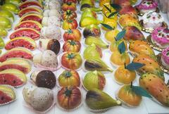 Frutta Martorana, traditional marzipan sweets Stock Photos
