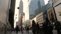Commuters & shoppers in busy central Manhattan, New York. Slow motion. Stock Footage