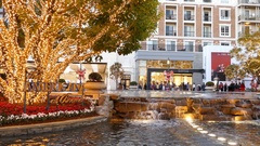 Christmas at shopping mall, Glendale Galleria Stock Footage