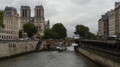 PARIS, SEPTEMBER 08, 2010: A wide angle view of Paris, Notre-Dame's western faca Stock Footage