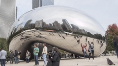 Time Lapse of Crowds Visiting The Cloud Structure / The Bean in Chicago Stock Footage