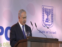 PM Netanyahu meets with the Foreign Press, media, journalists and photographers Stock Footage
