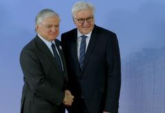 Frank-Walter Steinmeier welcomes Edward Nalbandian Stock Photos