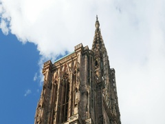 Notre-Dame cathedral Strasbourg panning to the main detail Stock Footage