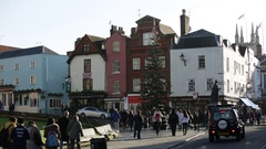 Windsor: street outside the castle Stock Footage